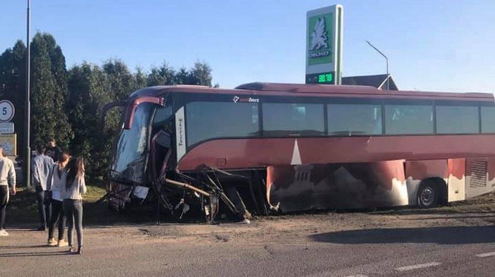 Автобус с белорусскими туристами попал в ДТП подо Львовом