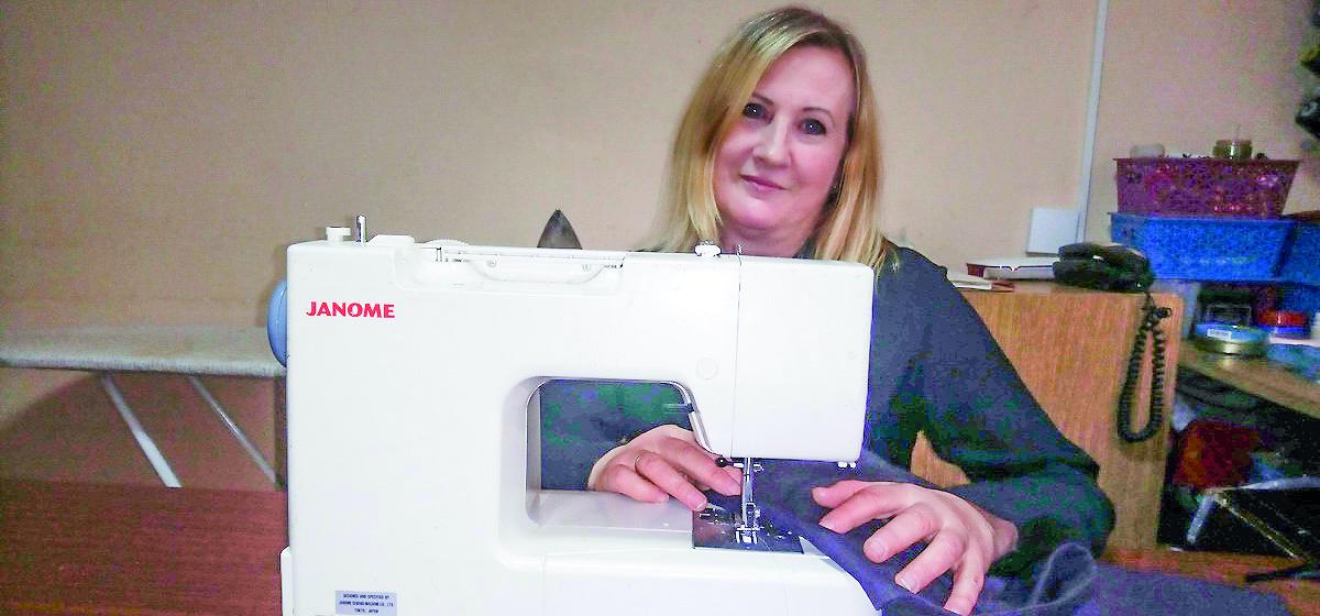 Как безработному получить госдотацию на развитие своего дела. История девушки, открывшей мастерскую по ремонту одежды в Барановичах