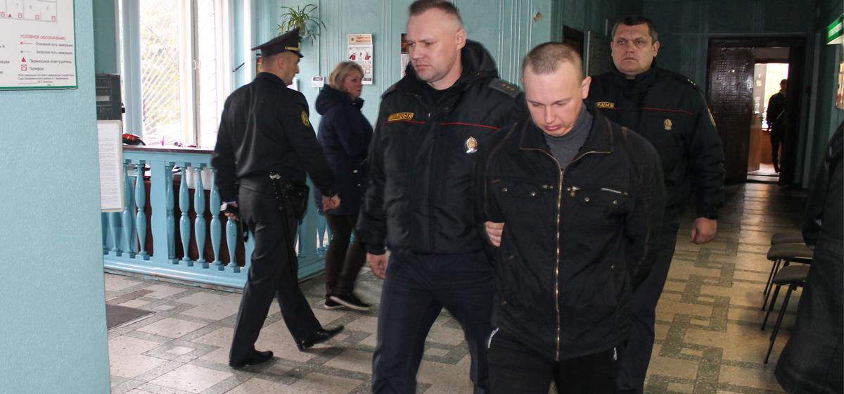 Начался суд по громкому делу об убийстве в Барановичах, когда в квартире обнаружили убитую женщину и ее раненого мужа