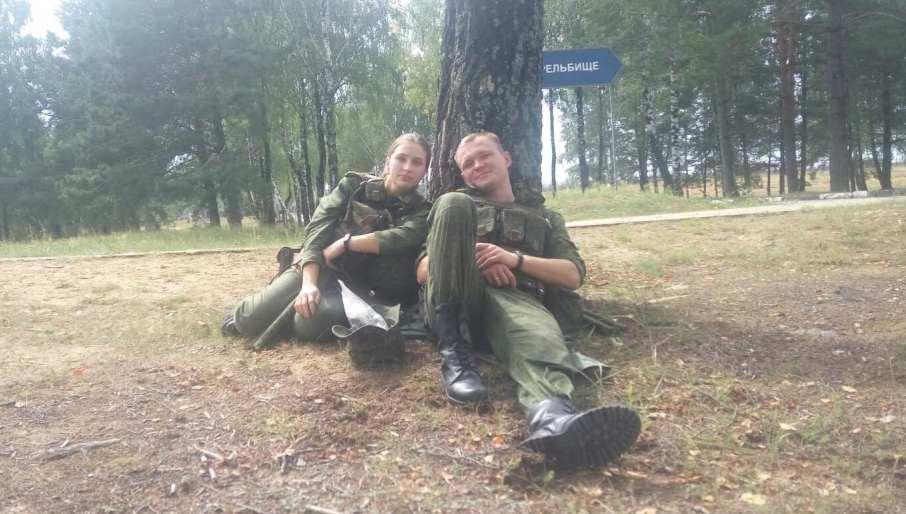 Алена и Александр Музычко на учениях. Фото: личный архиы семьи МУЗЫЧКО