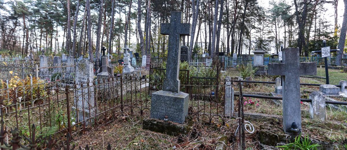 Нужно ли ходить на кладбище на Деды и как в этот день поминали умерших наши предки