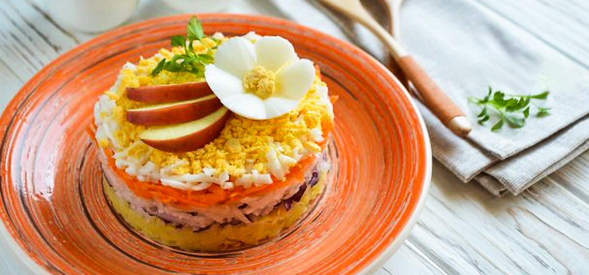 Вкусно и просто. Слоеный салат из редьки