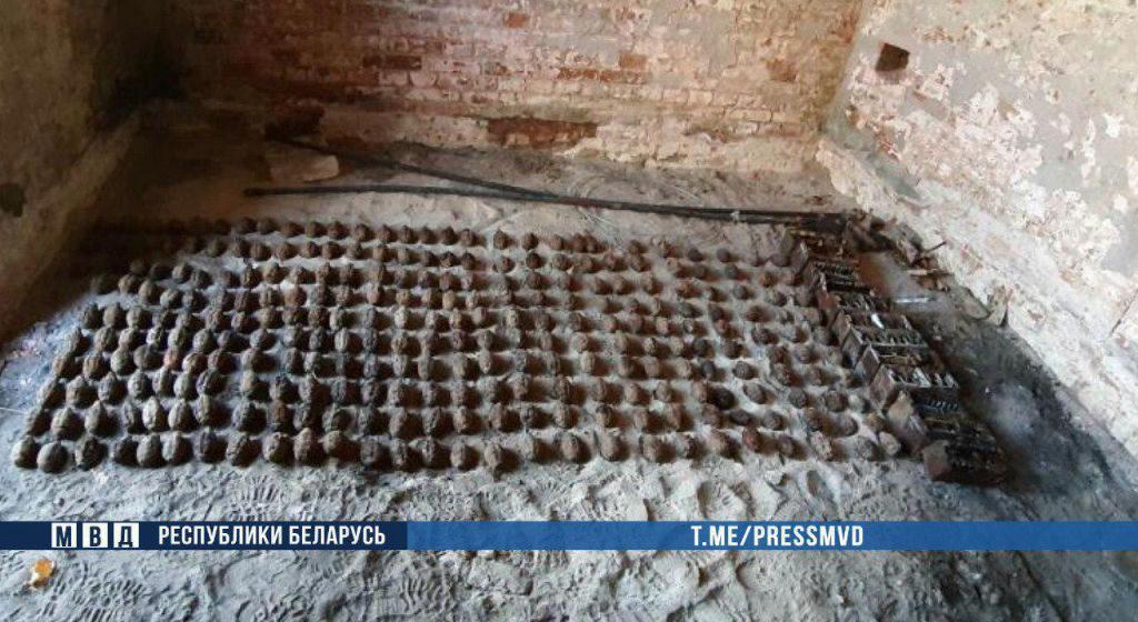 В Брестской крепости рабочие обнаружили почти 300 гранат времен Великой Отечественной войны
