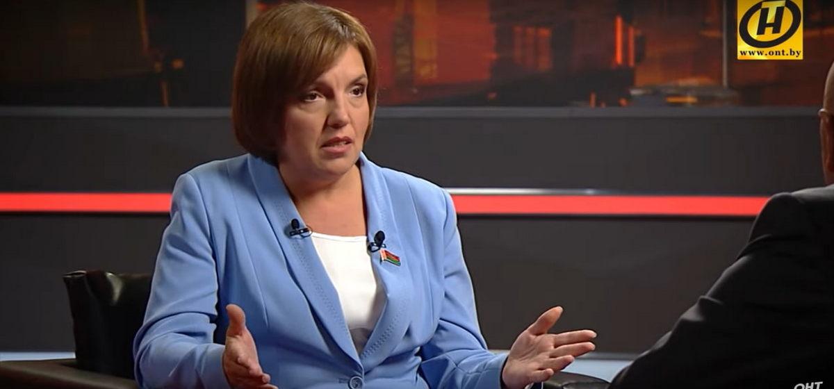 Барановичский депутат Ольга Политико рассказала о зарплатах, корпоративах в парламенте и о том, пойдет ли она опять в депутаты