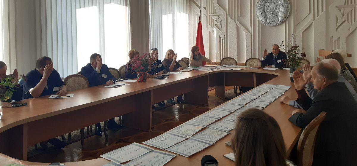 Кого зарегистрировали кандидатами в депутаты в Барановичах