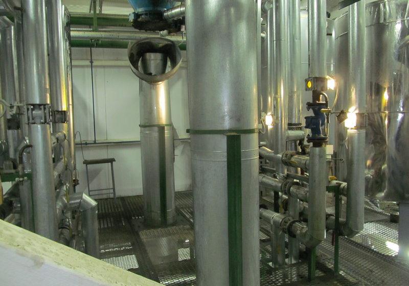 На заводе в Бобруйске мастеру на голову вылилось раскаленное масло