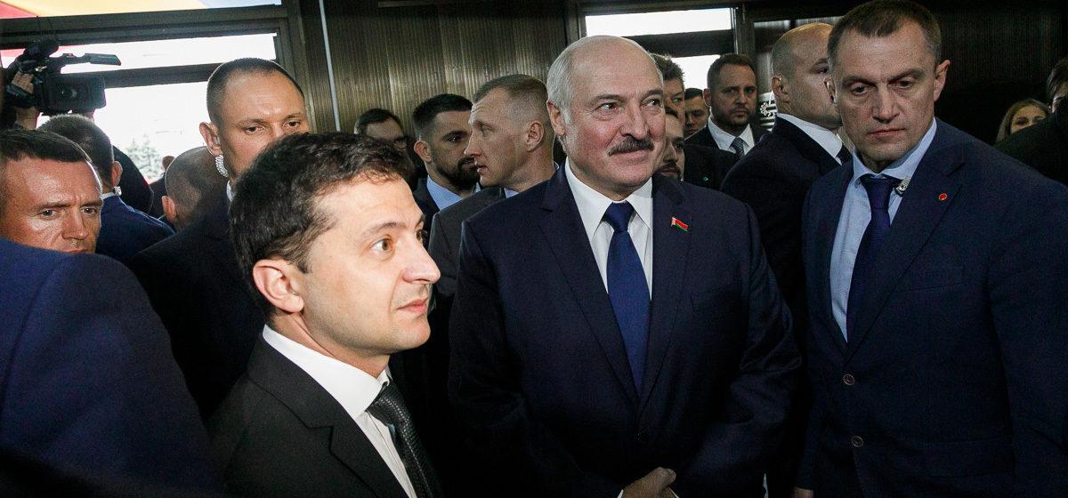 Зеленский об отношениях с Беларусью: «Мы очень боимся, что там будут российские корпуса»