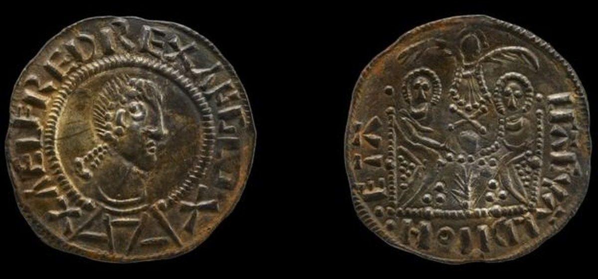 Десять лет тюрьмы за древние монеты викингов — британцы нашли клад стоимостью 3 миллиона фунтов и продали перекупщикам