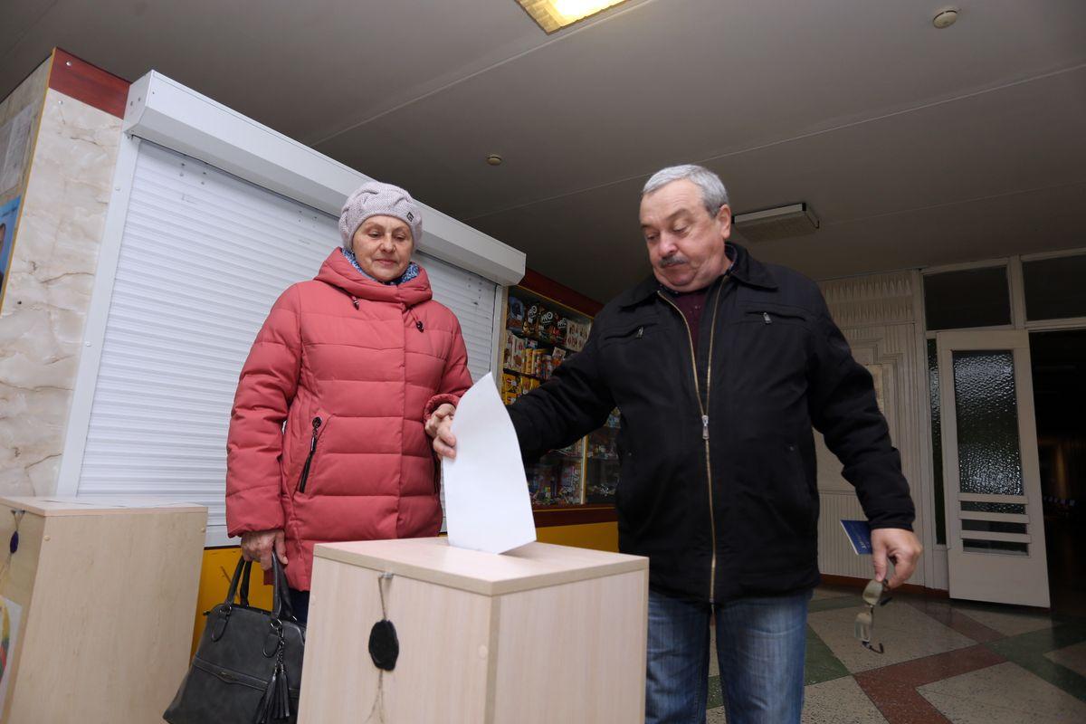 Участок для голосования №19 в детской городской поликлинике на улице Чкалова. Фото: Александр ЧЕРНЫЙ