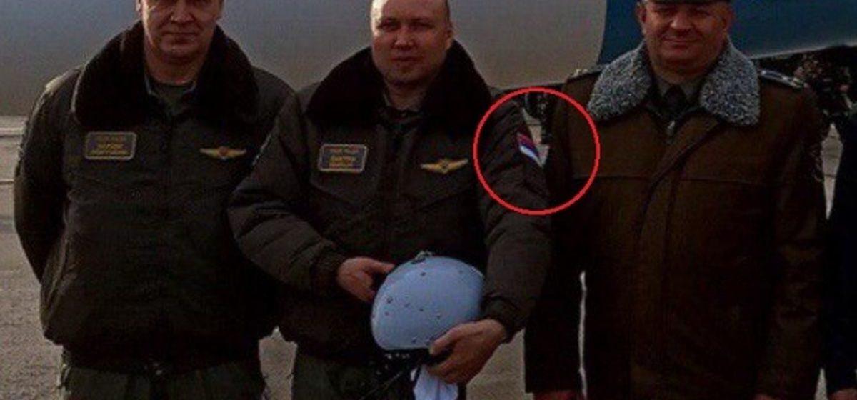Из России или Сербии? Русские летчики, которые «пригнали» в Барановичи новые Су-30СМ, удивили белорусов
