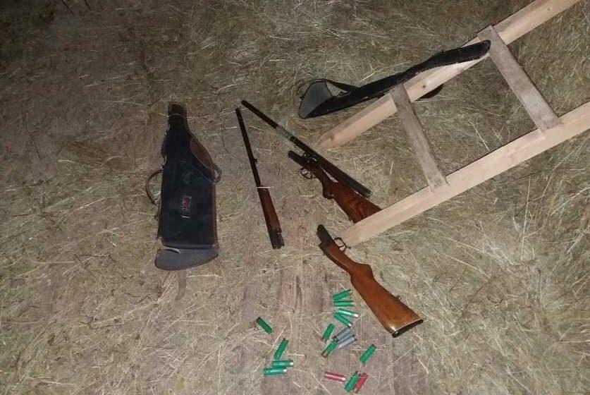 Стрелял по мишеням, но попал в брата. В Логойском районе 13-летнему подростку картечь попала в голову