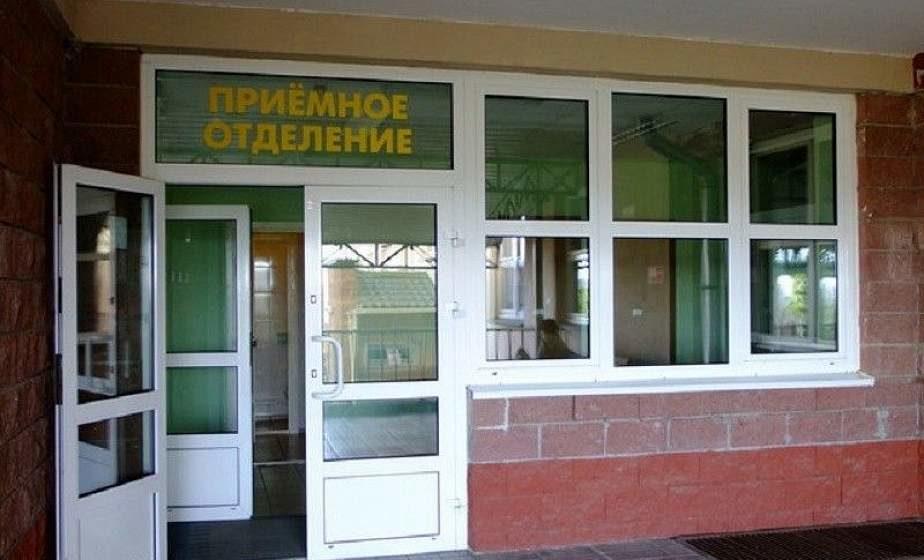В Гродно у больницы умер мужчина. Ранее он обращался за помощью, но ему сказали прийти утром