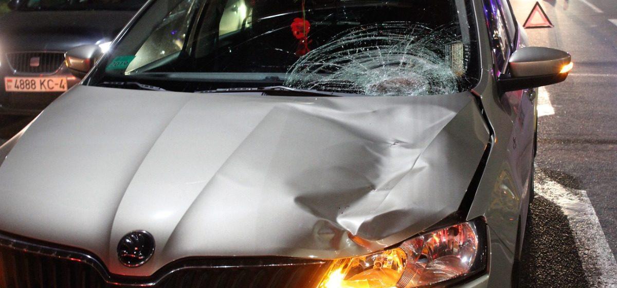 Смертельная авария в Гродно: автомобиль Škoda, за рулем которого находился 19-летний водитель, сбил женщину