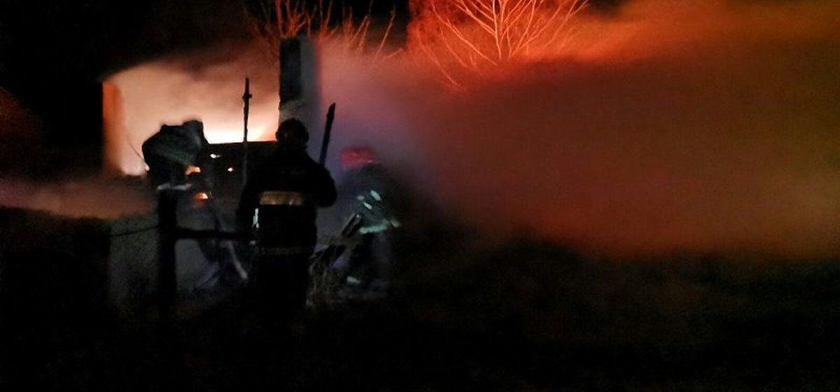 Сарай сгорел в Барановичском районе. Фото