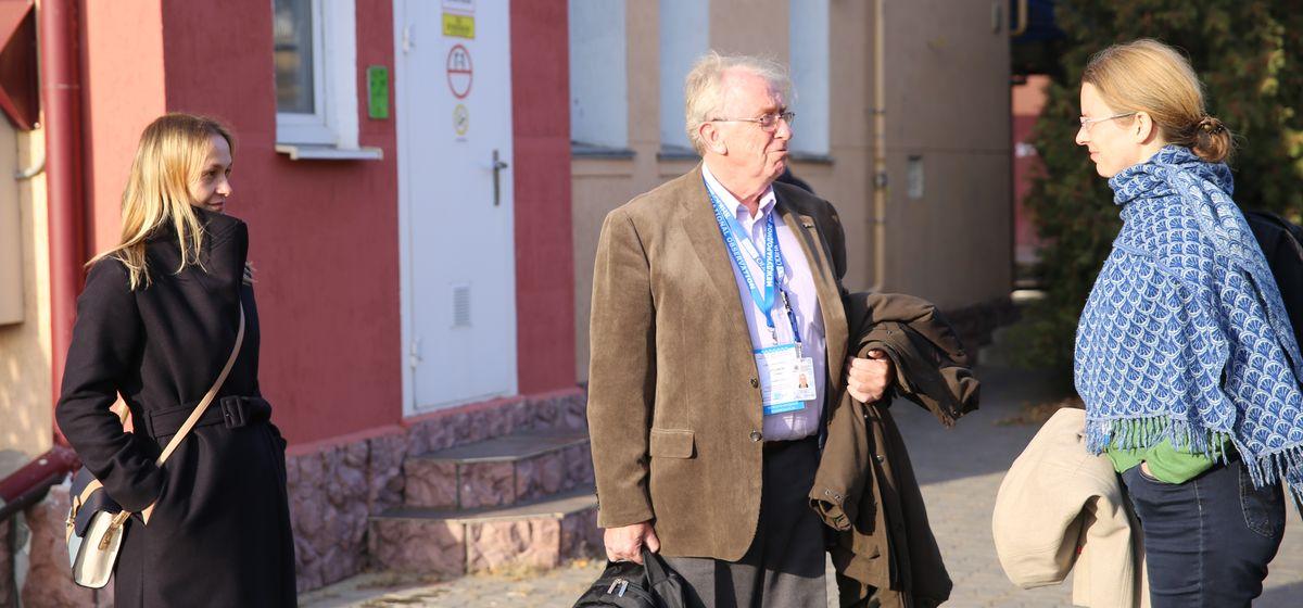 Наблюдатели ОБСЕ работают в Барановичах