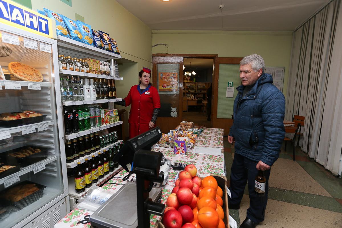 Избирательный участок №26 в Центральной городской библиотеке. Фото: Александр ЧЕРНЫЙ