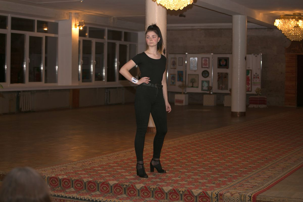 Участница №10 - Яна Самец. Фото: Александр ЧЕРНЫЙ