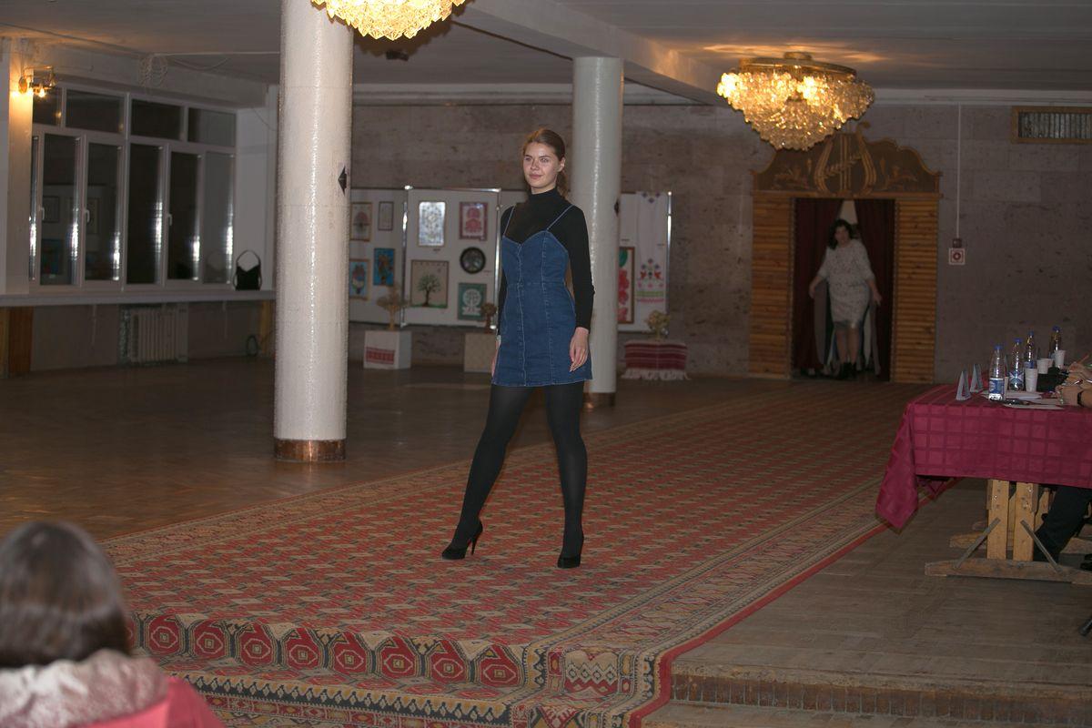 Участница №12 - Анжелика Сермяжко. Фото: Александр ЧЕРНЫЙ