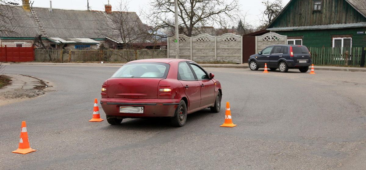 «Форд» и «Фиат» столкнулись в Барановичах. Фотофакт