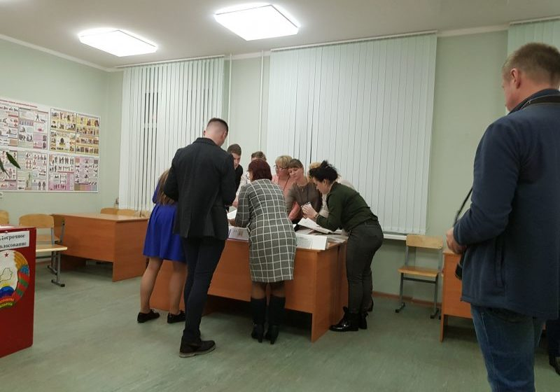 Как наблюдатели видят подсчет голосов. Фото