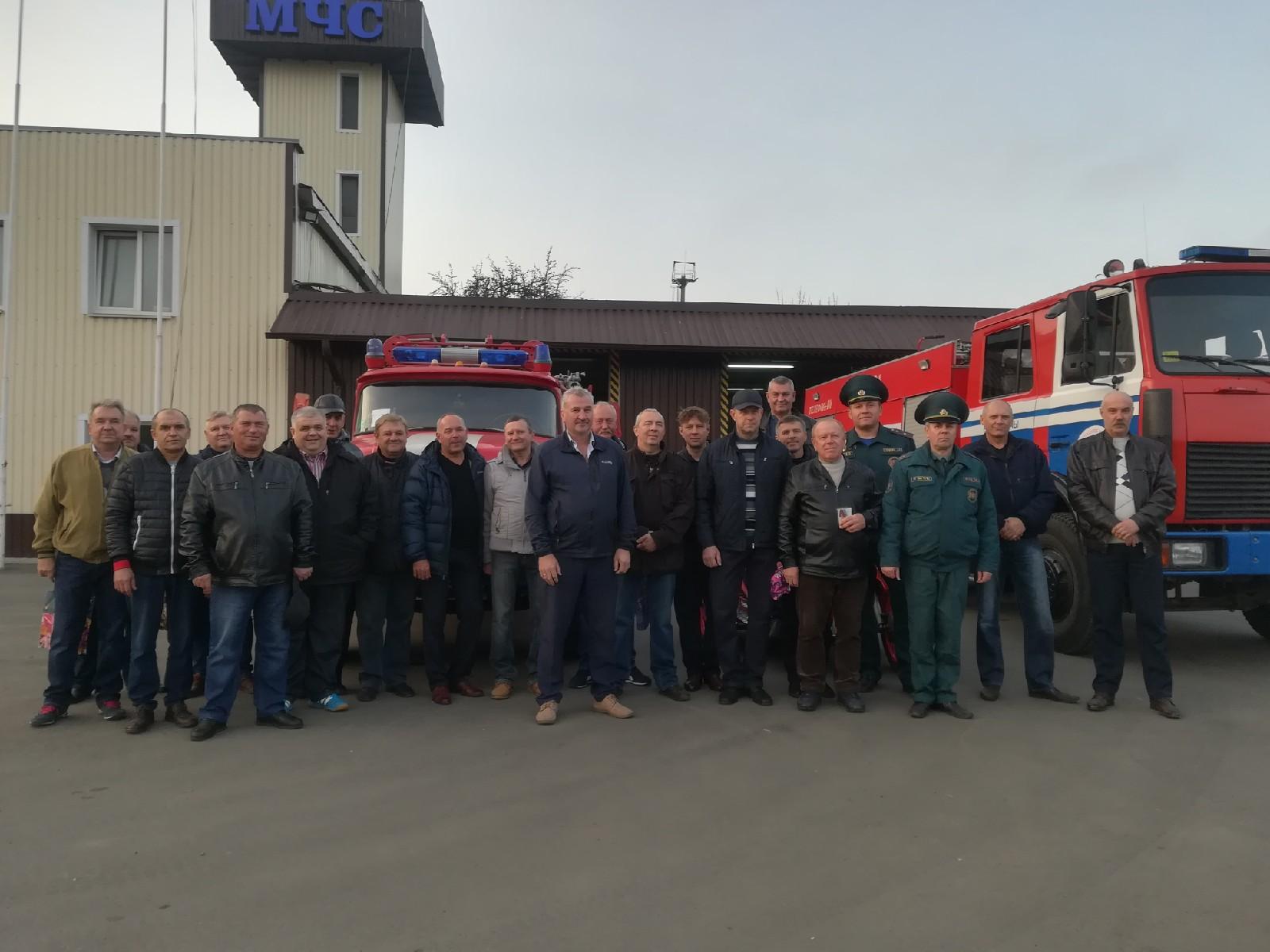 На юбилей ПАСЧ №3 собрались бывшие работники. Фото: Ирина ПЛЮТО