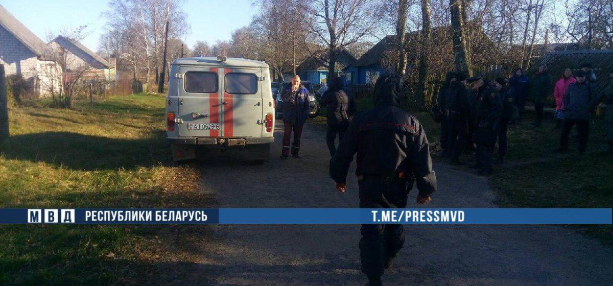 В Шкловском районе мужчина сбежал с «химии», ранил ножом жену и пытался напасть на участкового