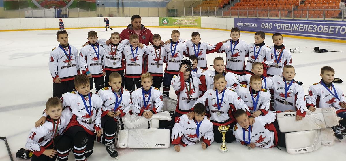 Юные барановичские хоккеисты завоевали медали турнира «Новые имена»