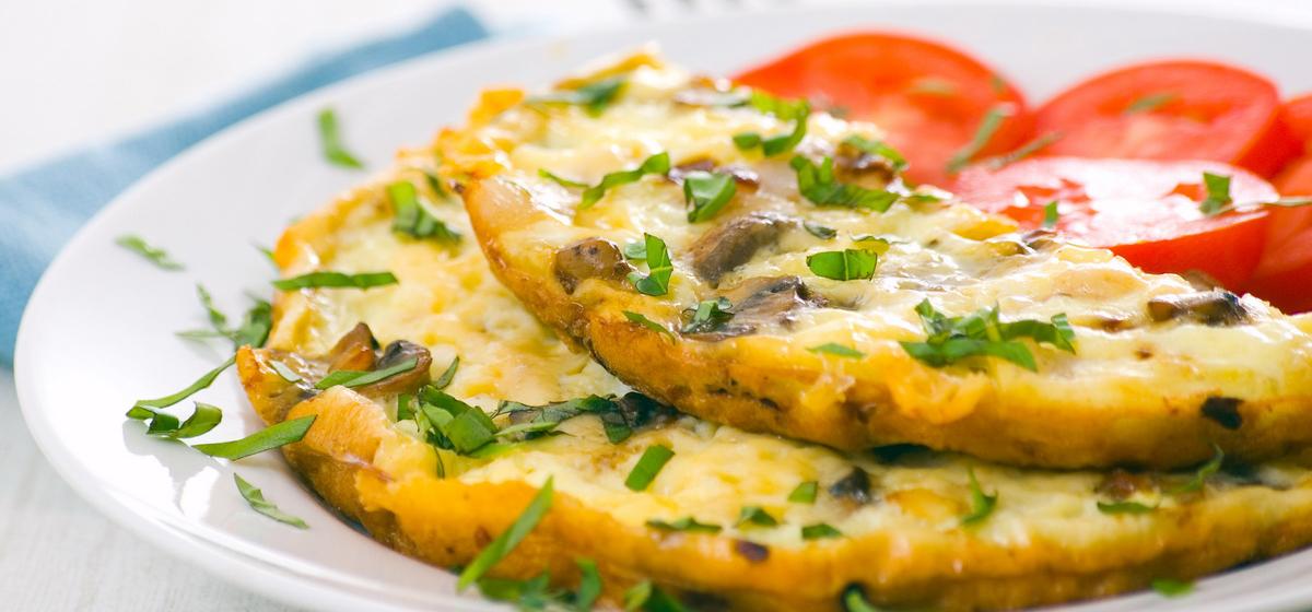 Вкусно и просто. Омлет с грибами, помидорами и сыром