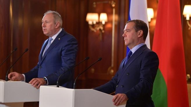 Румас с Медведевым сидели семь часов, но интеграционных карт так и не согласовали