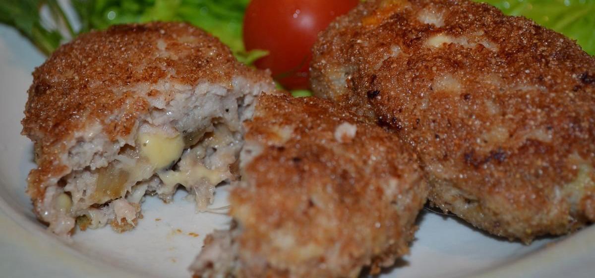 Вкусно и просто. Котлеты куриные с грибами и сыром