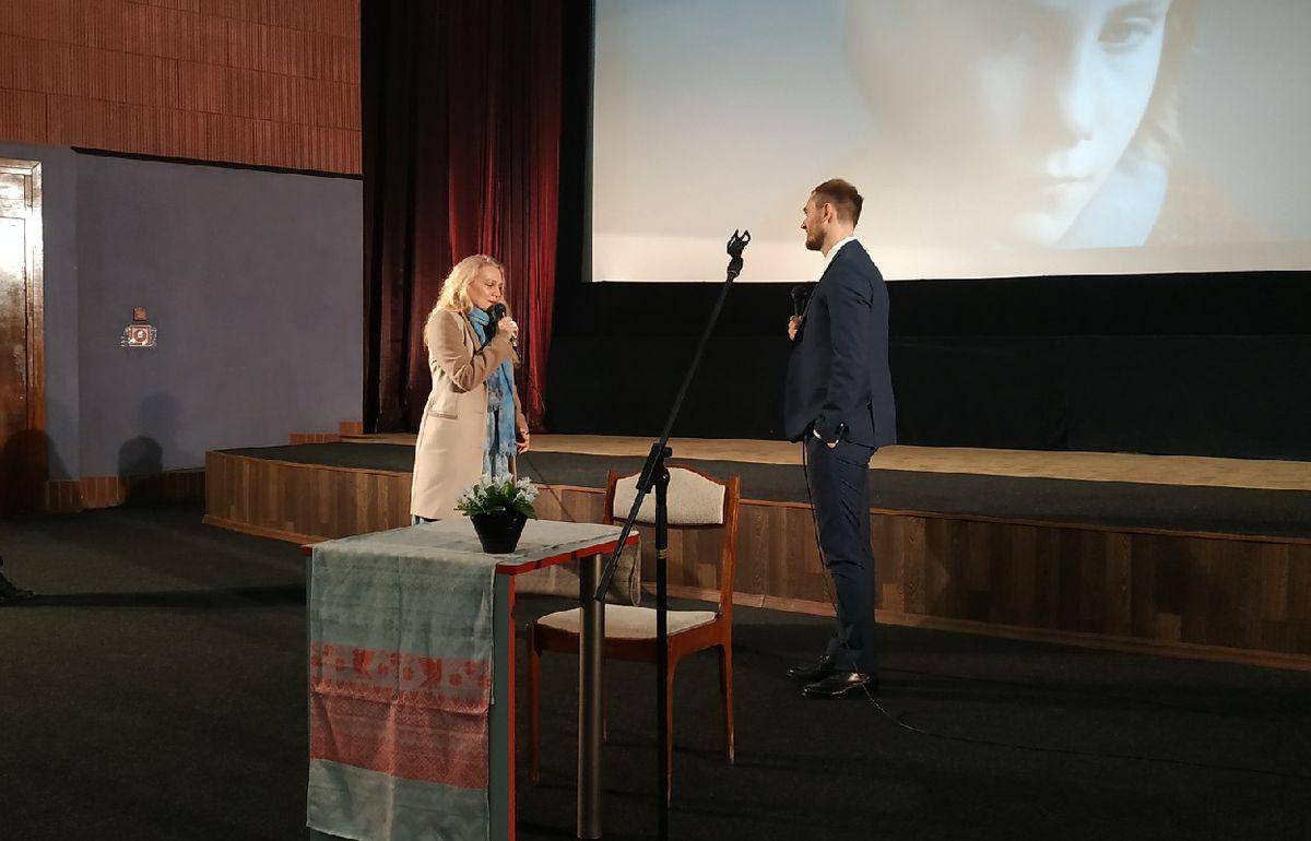 Алексей Полуян пообщался со зрителями после премьеры своих фильмов. Фото: Руслан РЕВЯКО
