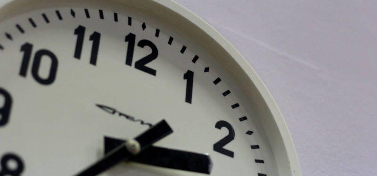 Минтруда установило расчетные нормы рабочего времени на 2021 год. Работать придется больше