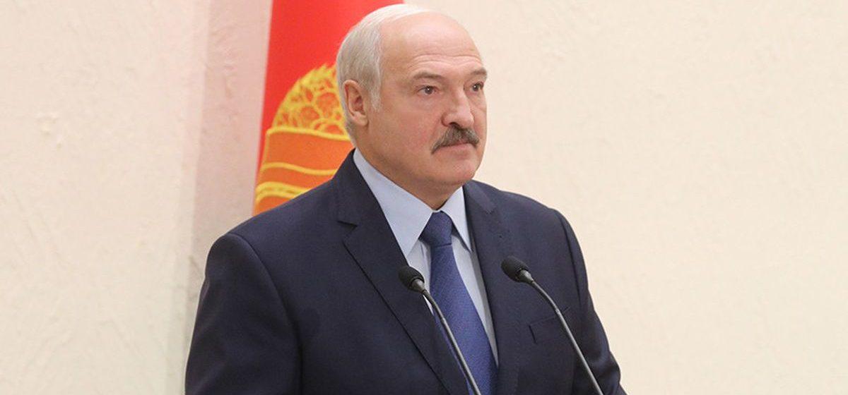 Лукашенко: клановости в медицине, пока я президент, не будет