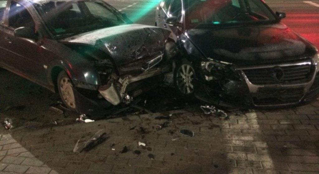 В Барановичах столкнулись Volkswagen и Opel, есть пострадавший. Милиция ищет свидетелей