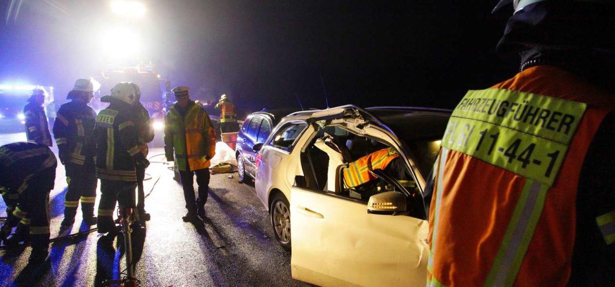 Дальнобойщик из Беларуси устроил в Германии серьезную аварию: пострадали пять человек