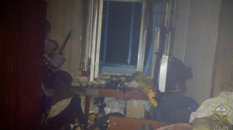 Жителя Барановичей спасли из горящей квартиры