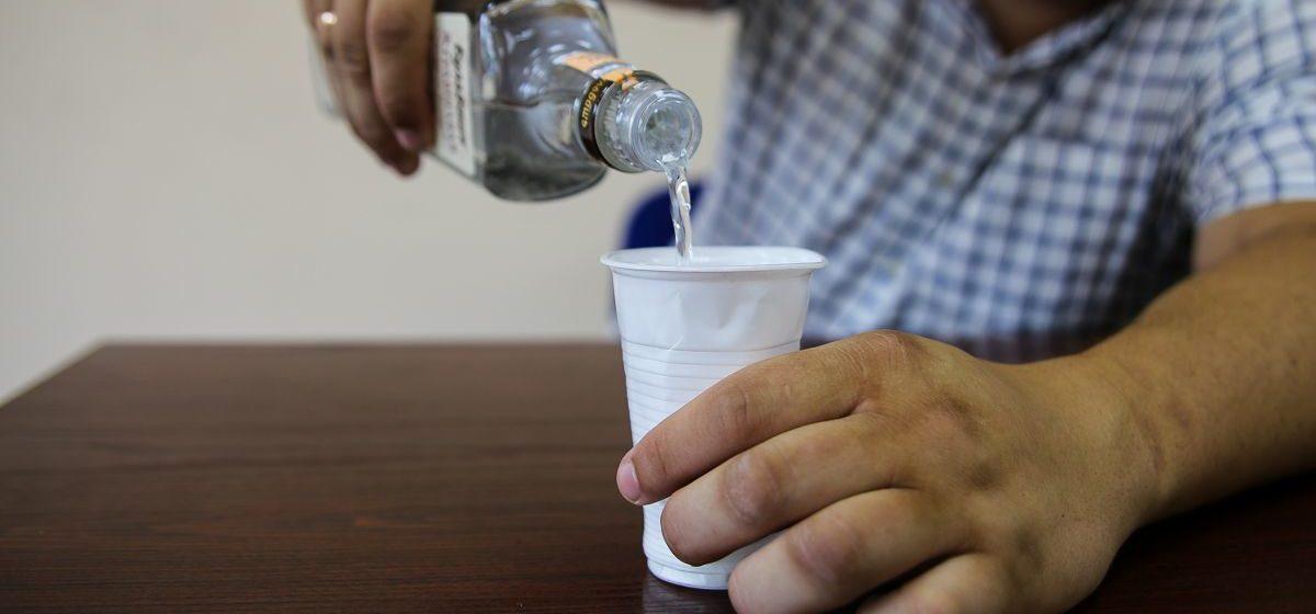Под Столином мужчина связал знакомых за отказ выпить с ним водки