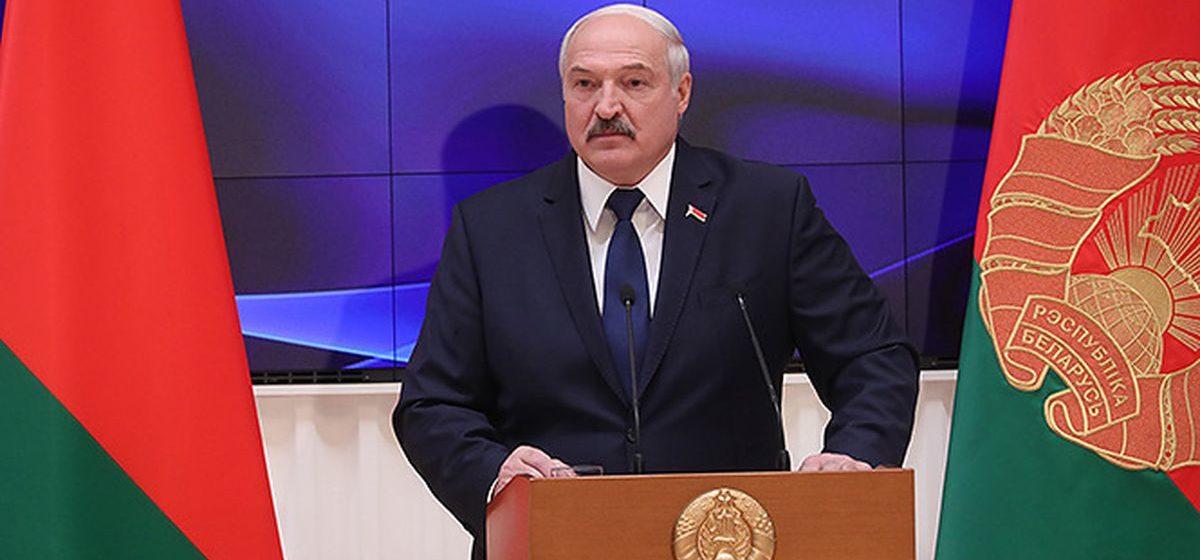 О чем рассказывал Лукашенко депутатам. Коротко