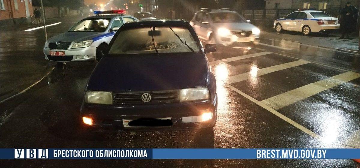 В канун Рождества легковушка сбила женщину на пешеходном переходе в Барановичах