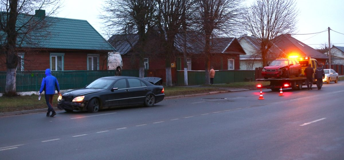 Mercedes не уступил дорогу Suzuki в Барановичах