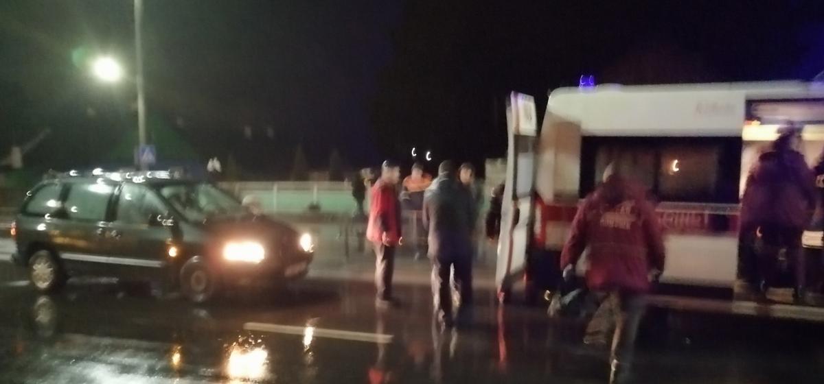 В Барановичах автомобиль сбил девушку на пешеходном переходе