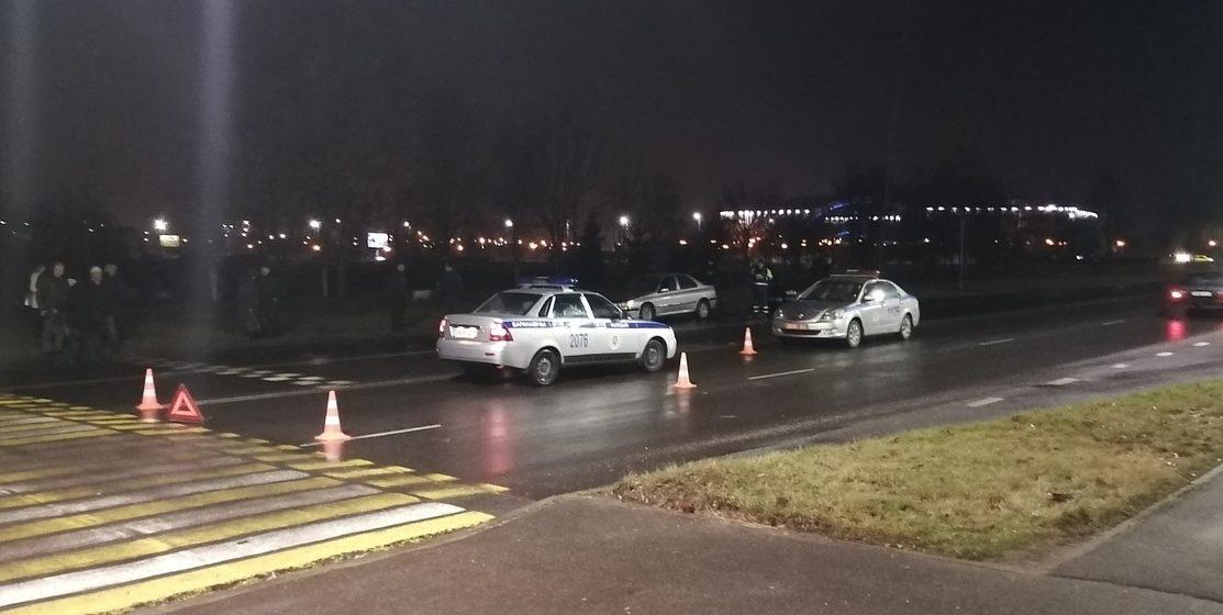 Автомобиль милиции сбил мужчину на нерегулируемом пешеходном переходе в Барановичах