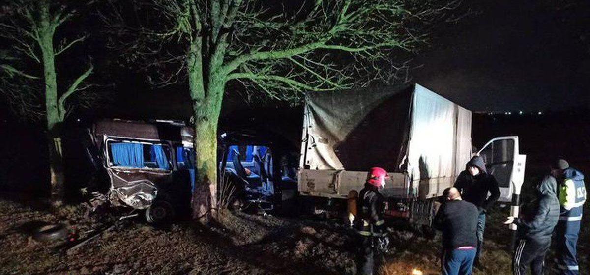 В Солигорском районе столкнулись «Газель» и маршрутка. Погибла пассажирка, еще четыре человека в больнице