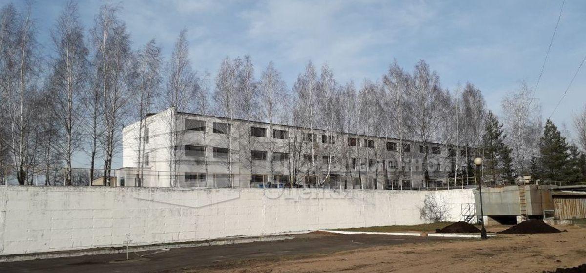 «АТЛАНТ» продает свои склады и базу