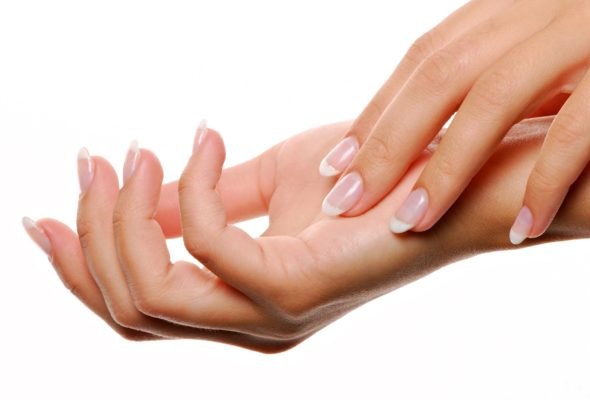 К чему чешется правая рука у женщин и мужчин
