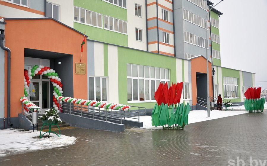 Как будет выглядеть детсад, встроенный в жилой дом в Барановичах? В Дрогичине уже такой открыли