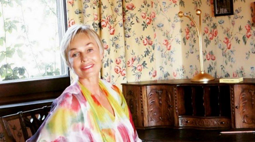«Мэри Поппинс» нашлась. Актриса вышла на связь — она улетела в джунгли медитировать