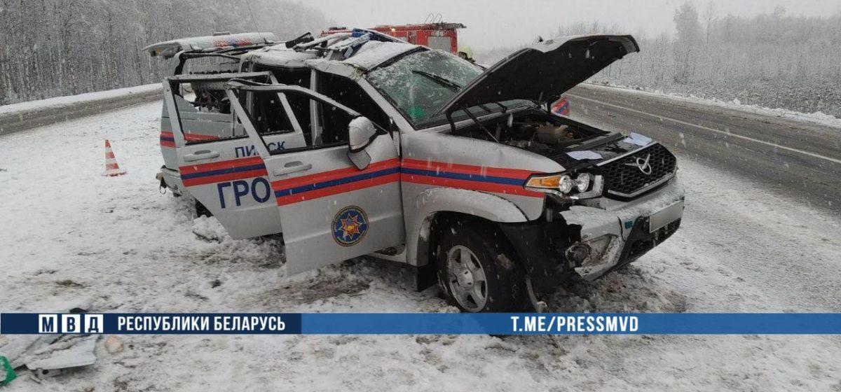 Автомобиль МЧС перевернулся в Ивацевичском районе