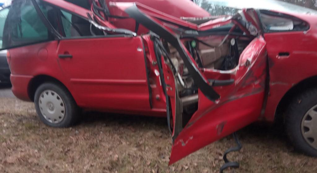 Водитель из Барановичей уснул за рулем, «догнал» и перевернул грузовик