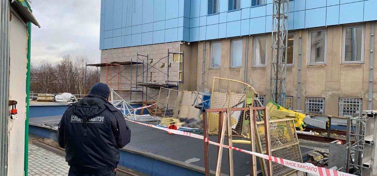 В Минске строительная люлька с рабочим рухнула с высоты 14 этажа. Мужчина погиб